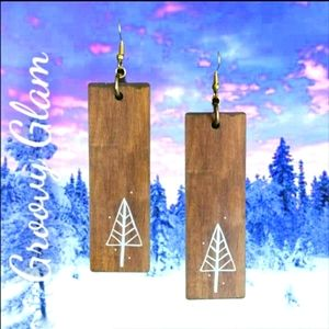 GROOVY GLAM Artisan Country Pine Earring
